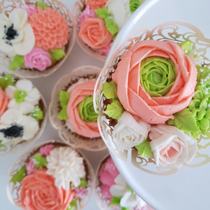 Costume Cupcakes